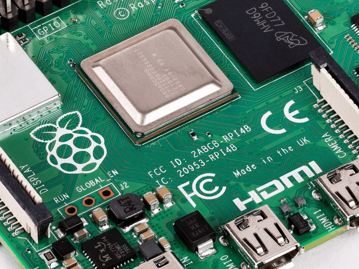 Raspberry-Pi-4-Product-title